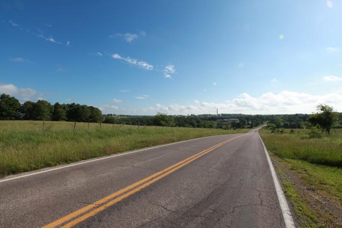 Grand views between Houston, MO and Marshfield, MO