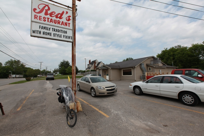 Red's Restaurant is good for some serious eatin' --Bowling Green, KY