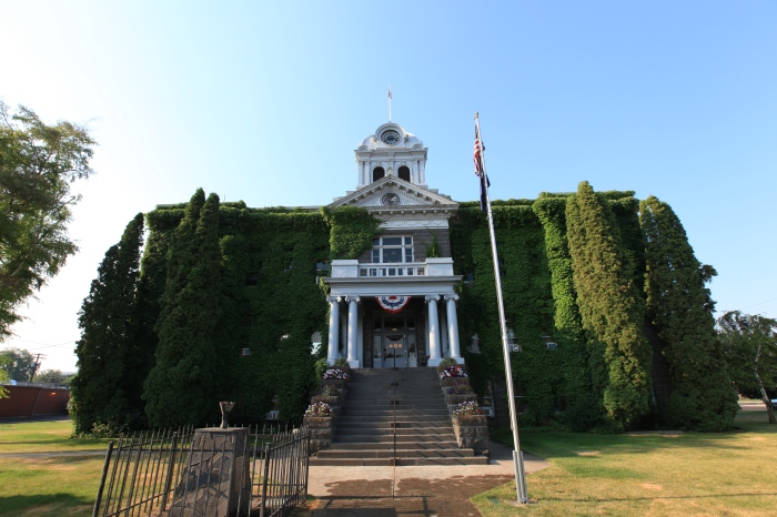 The town hall of Prineville,OR